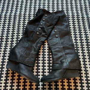 Vince Camuto Almay Black Leather Wedge Boots 10